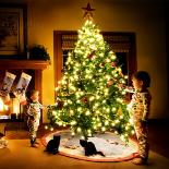 يوم رأس السنة وأعياد الميلاد